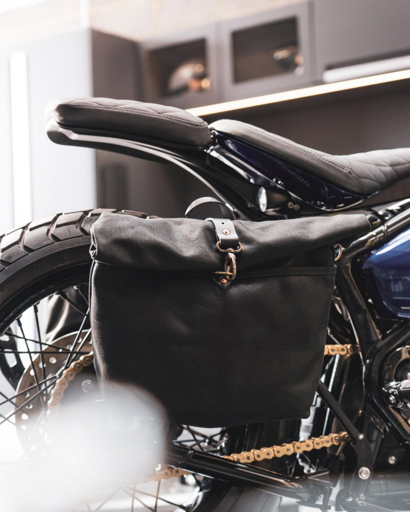 a picture of a passenger seat Bobber commissioned for purchases